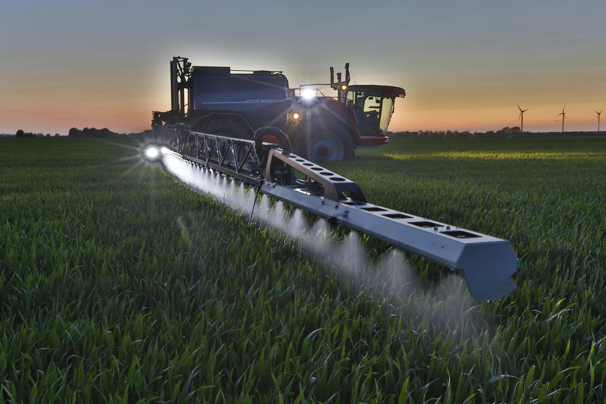 matériels agricole horsch chez nova groupe en région paca 12 agences (semoir, pulvérisateur, travail du sol, composants)