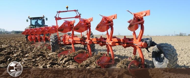 Matériel Kuhn Faucheuse, Semoir, Herse, Cultivateur, Charrue, Broyeur chez NOVA. 12 agences dans le sud-est en région PACA - Aix - Marseille - Nice -  Arles - Nîmes - Avignon. Département 13-30-84-26-83-04-05-06