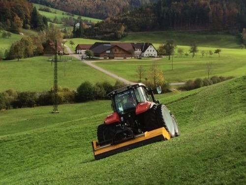 Broyeur MÜTHING en acier à grain fin QSt / E poids réduit résistance supérieure pour la qualité et la stabilité