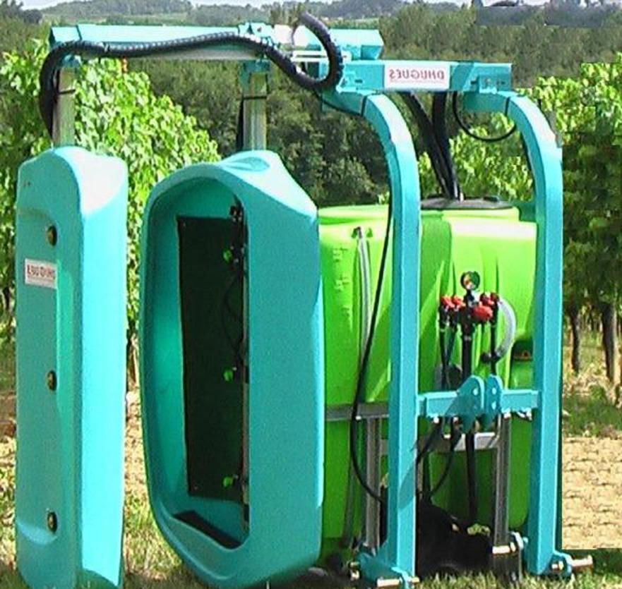 Tunnel de traitement Dhugues, viticulture, maraichage, arboriculture et machines spéciales.